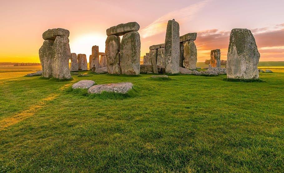 Stonehenge i solnedgång
